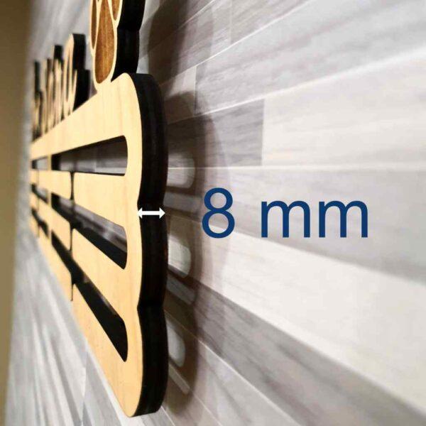 Dřevěný držák medailí 8 mm